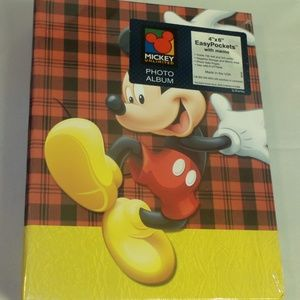 DISNEY MICKEY MOUSE PHOTO ALBUM
